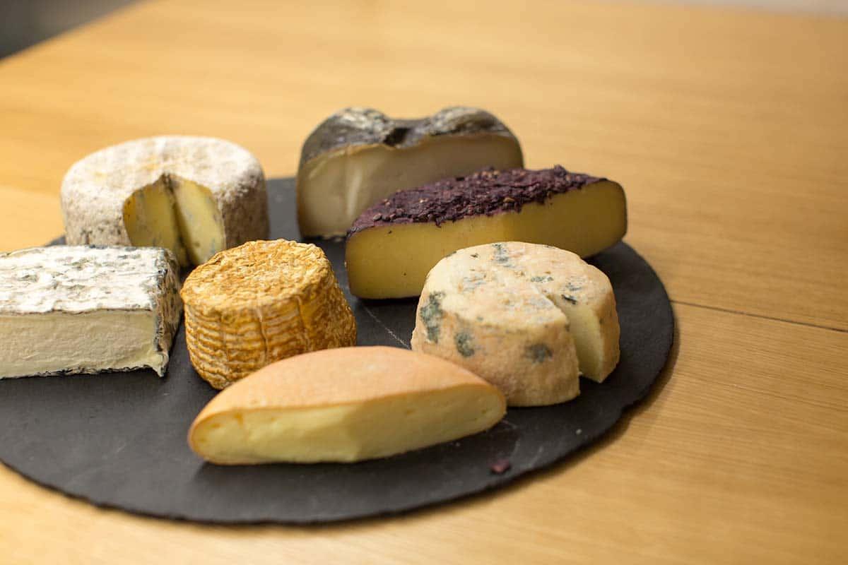 xerta tapas bar tabla quesos hotel ohla eixample barcelona